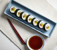 Futo-maki-zushi (large spiral sushi rolls)