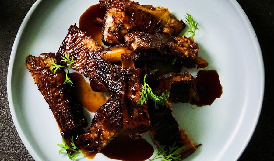 Hot, sweet and sour lamb ribs