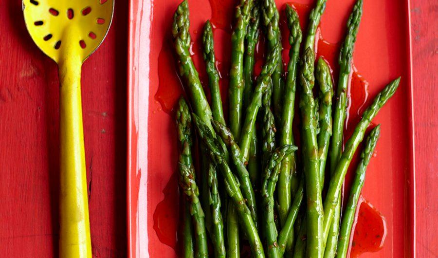 Steamed Asparagus with Lemon Dressing